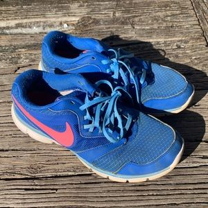 Nike Running Shoes | Size 9.5